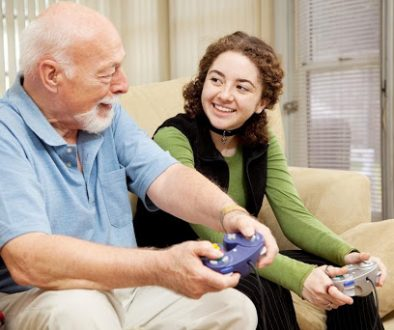 Study Shows Benefits of Online Video Games for Seniors