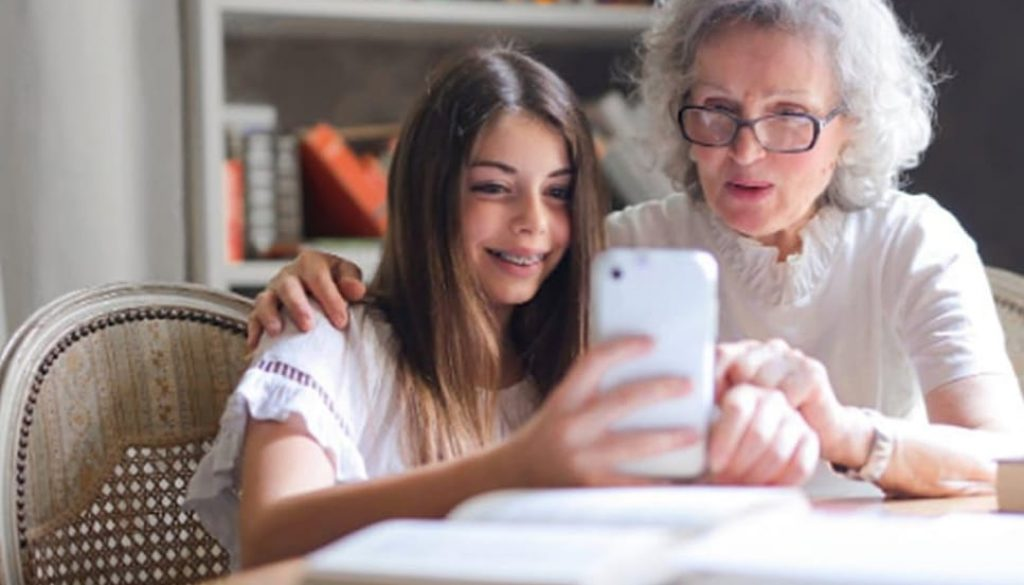 Home Technology That Keeps Seniors Safe smpltec
