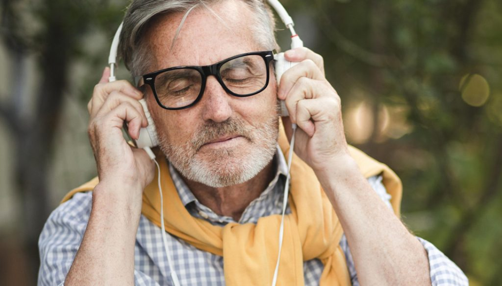Using Music Therapy To Deal With Seasonal Depression smpltec