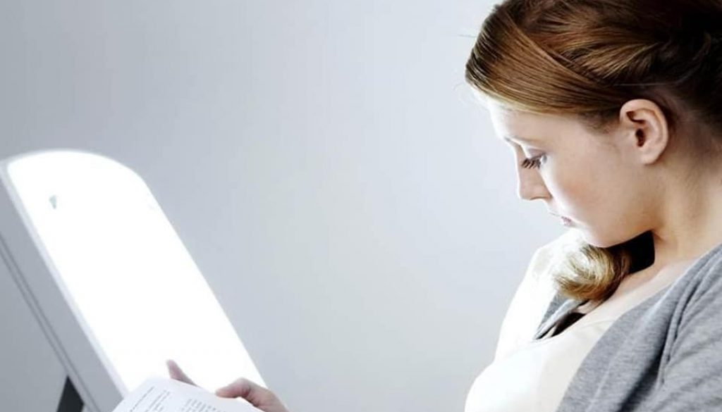 Light Therapy To Help Manage Seasonal Depression smpltec