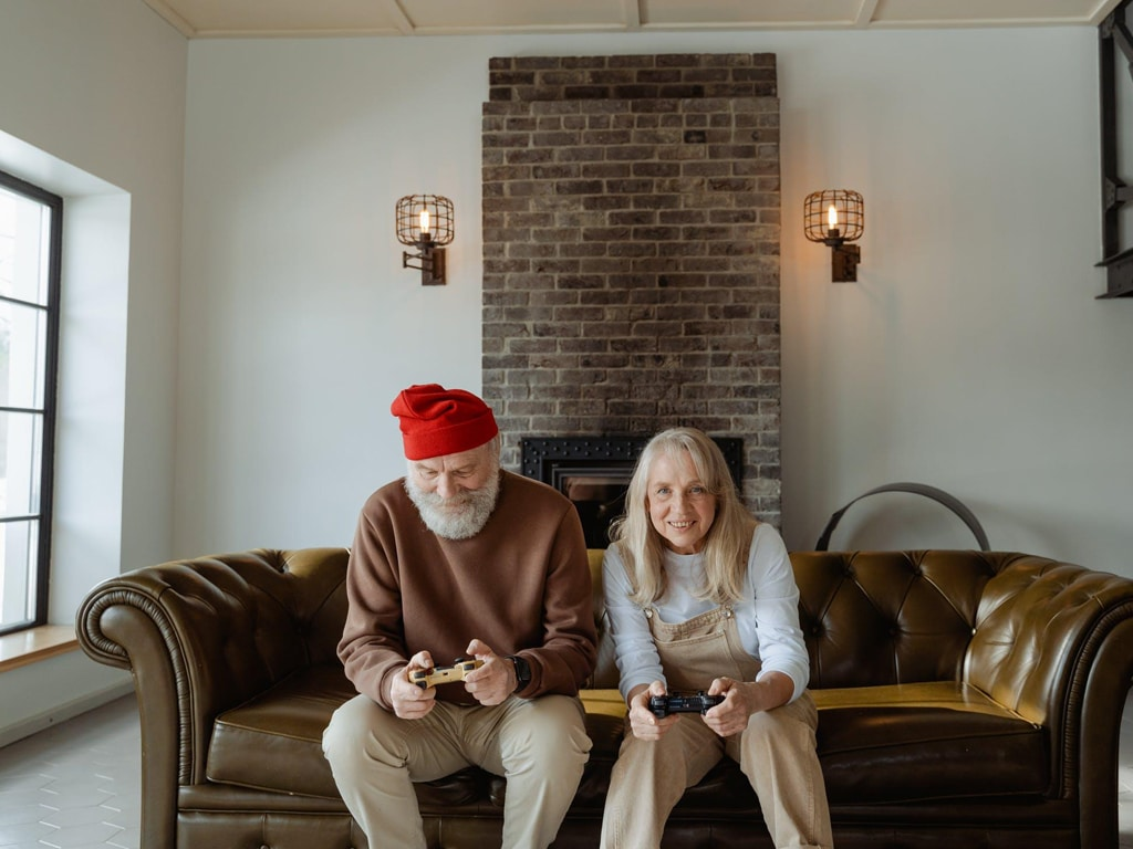 Video-Games-as-a-Therapy-Tool-for-Seniors-smpltec-1
