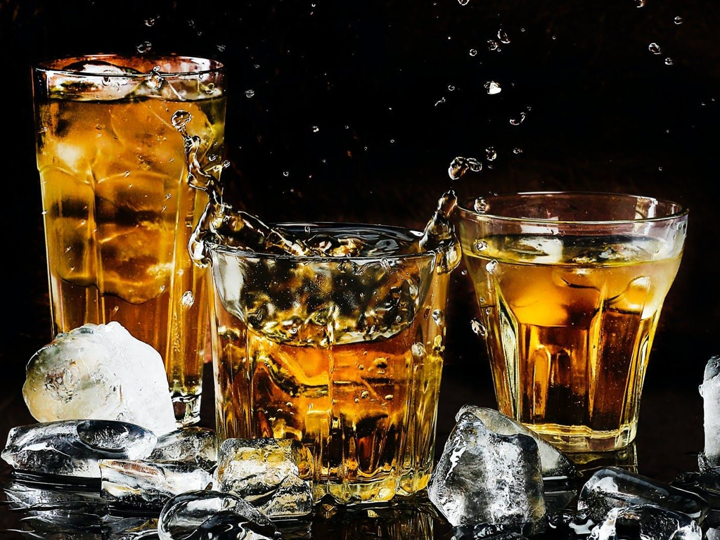 Alcohol & The Elderly - Threading the Needle Between Safety and Having Fun smpltec