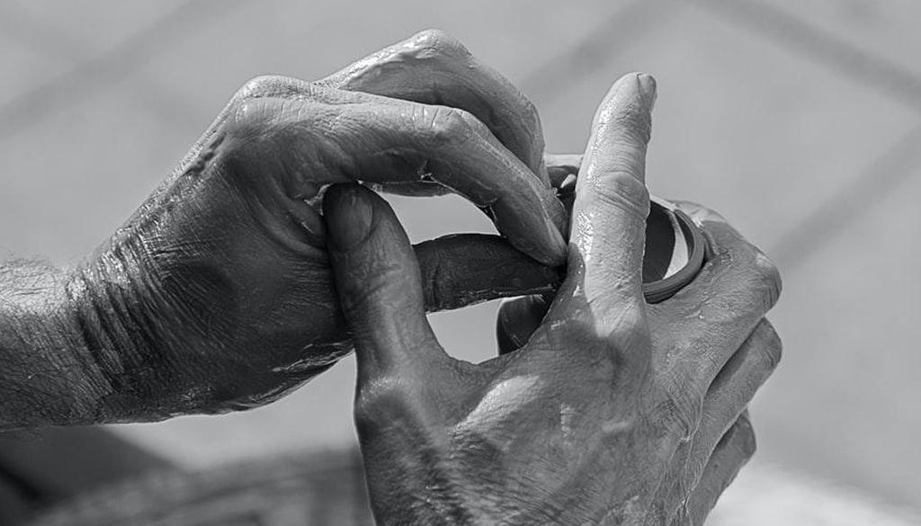 Technological-Aids-for-Seniors-smpltec